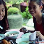 Dyan and Jackie excited to eat the sizzling pusit