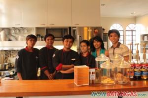 SATC's crew members, Thea, and Igan