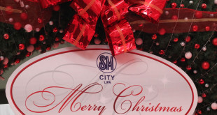 It's Christmas at SM City Batangas & SM City Lipa