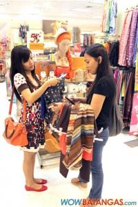 P1000 shopping challenge - SM City Batangas (3)