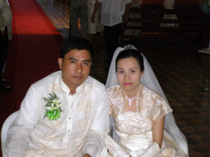 Arnold-Myra-Brosoto-traditional-wedding