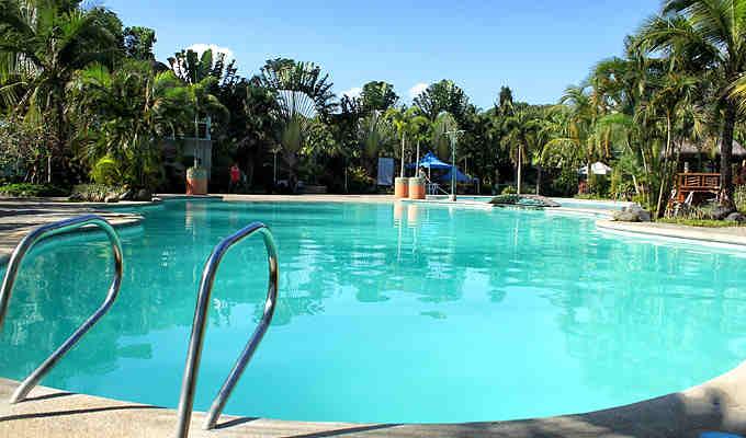 8 La Leona Resort1