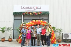 Ms. Gwen Wong, Dr. Lorenzo Ku Sr., and Guests